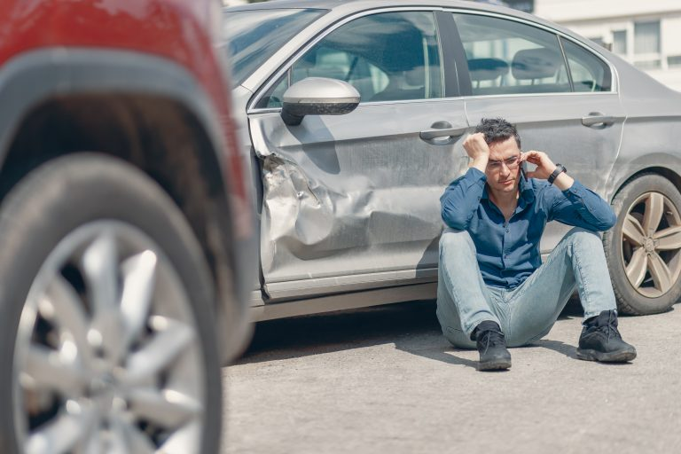 Personal Injury Lawyers help car crash in Rockford